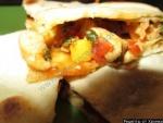 Мексиканская кесадилья с курицей и сыром