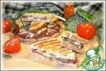 Бутерброды-гриль мясные с омлетом и огурцом