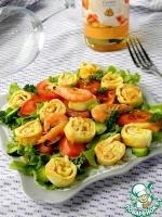 Овощной салат с креветочными блинчиками