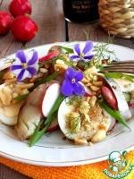 Летний салат со скумбрией и арахисом