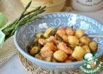 Картофельные ньокки со спаржей и креветками