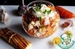 Салат из моркови и курицы