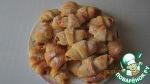 Рогалики из творожного теста с вишнями