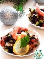 Салат с диким рисом и морепродуктами